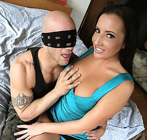 Free Girls Blindfold Porn Pictures