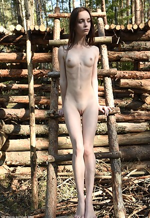Free Skinny Girls Porn Pictures