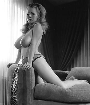 Free Girls Vintage Porn Pictures